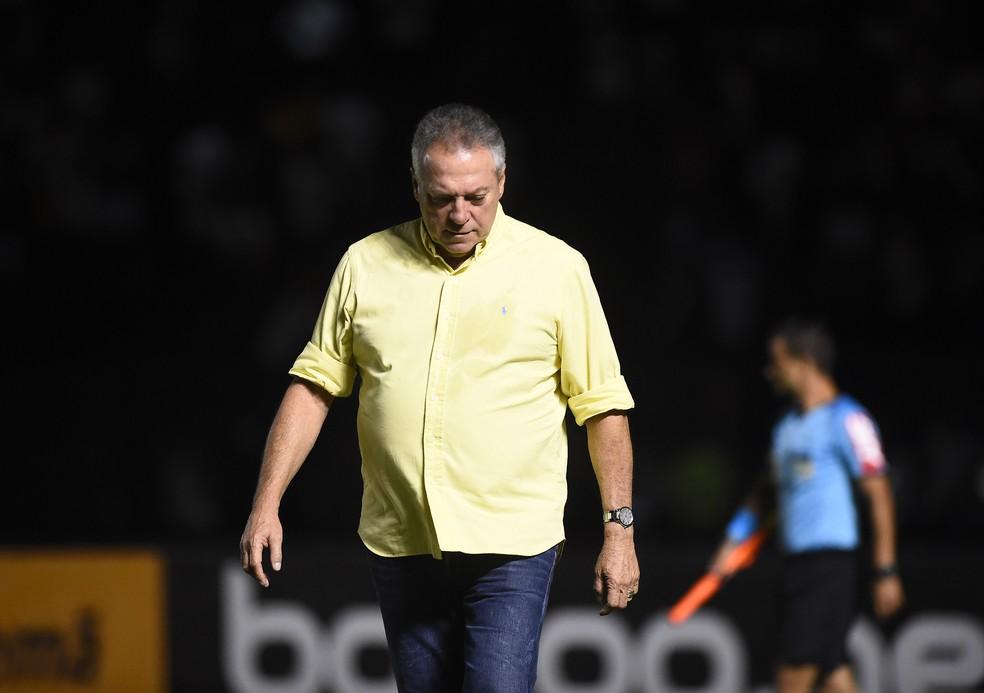 Abel Braga não é mais técnico do Vasco — Foto: André Durão