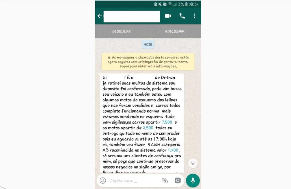 Criminoso oferece serviços prestados pelo Detran/ES — Foto: Reprodução/WhatsApp