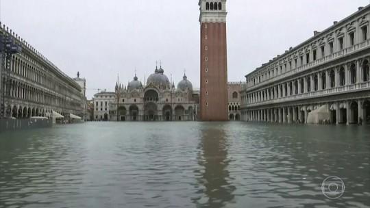 Água volta a subir em Veneza e vários pontos da cidade são interditados