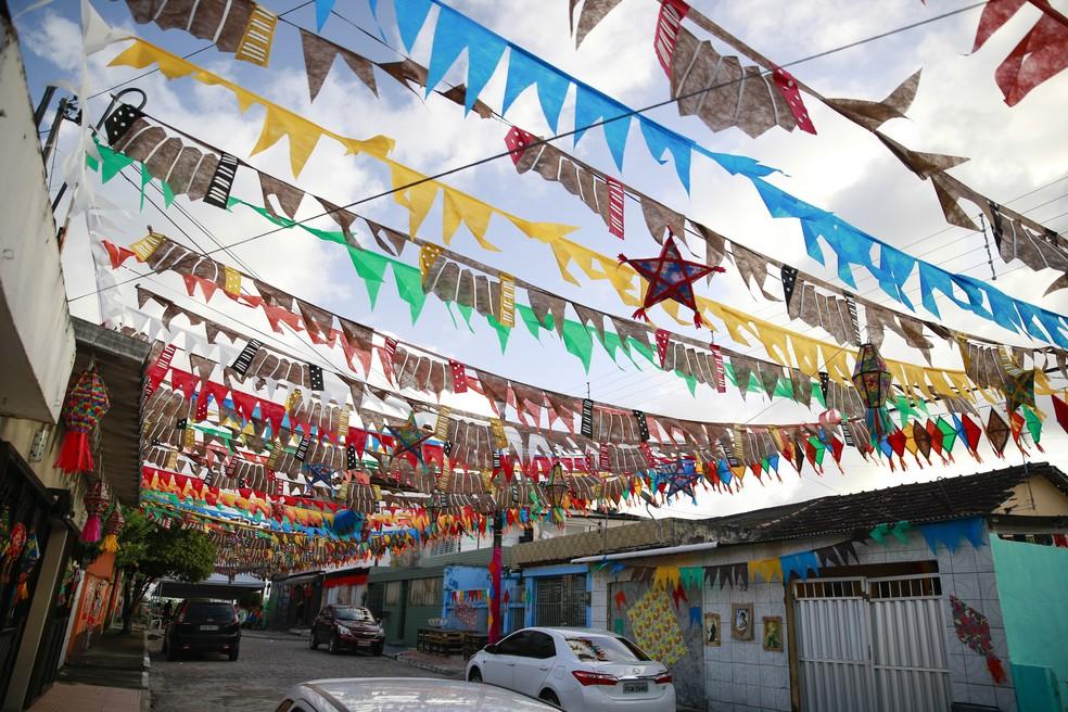 Concurso Eu Amo Minha Rua premia melhores decorações no Recife (Foto: Sol Pulquério/PCR/Divulgação)