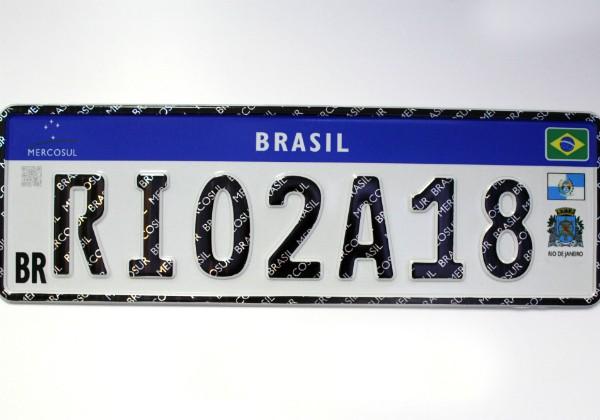 Primeiras 27 mil placas no padrão Mercosul do Rio de Janeiro farão homenagem ao estado (Foto: Divulgação)