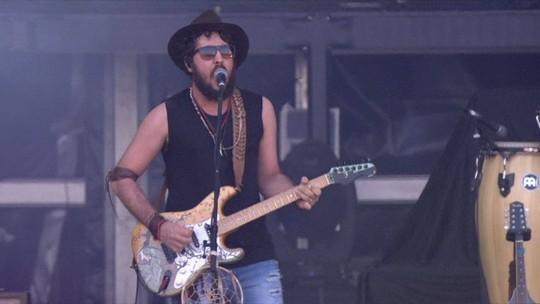 Barão Vermelho libera música inédita com novo vocalista, Rodrigo Suricato