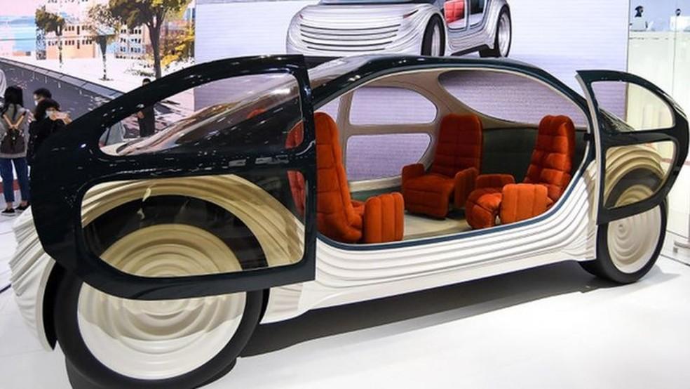 O interior do Airo pretende ser mais uma sala do que um carro — Foto: Getty Images via BBC