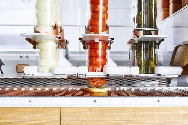 Startup californiana cria robô que faz hambúrguer (Foto: Divulgação)