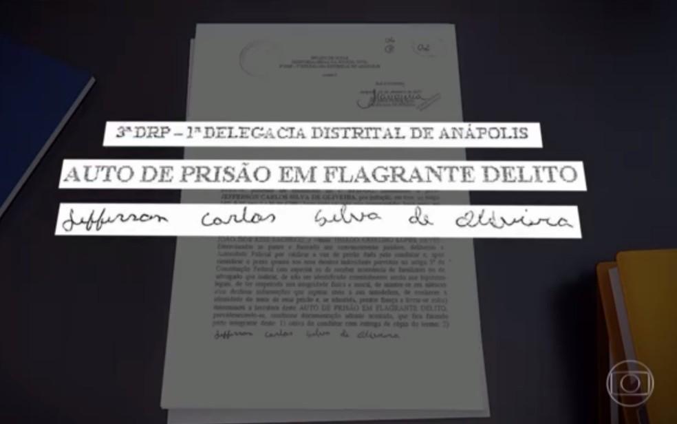 Jackson teria assinado nome de Jefferson em documento de prisão em flagrante após roubo em Anápolis (Foto: Reprodução/TV Globo)