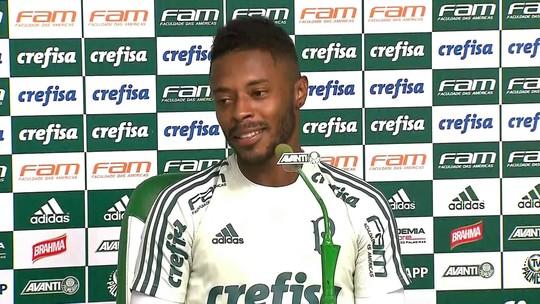 Fã de Roger na infância, Michel Bastos se põe à disposição do técnico no Palmeiras