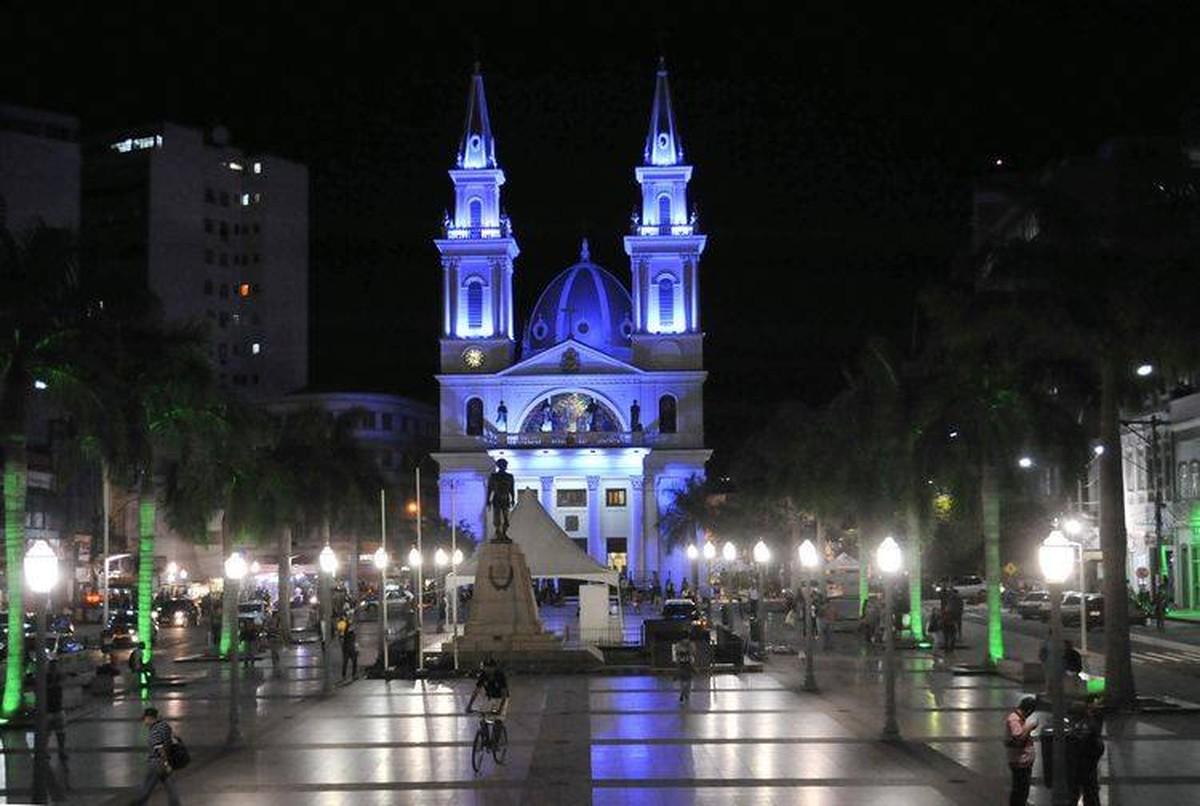 Catedral de Campos, RJ, celebra o Natal com missas nesta segunda-feira