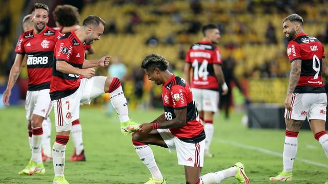 Barcelona x Flamengo: Everton Ribeiro e Bruno Henrique