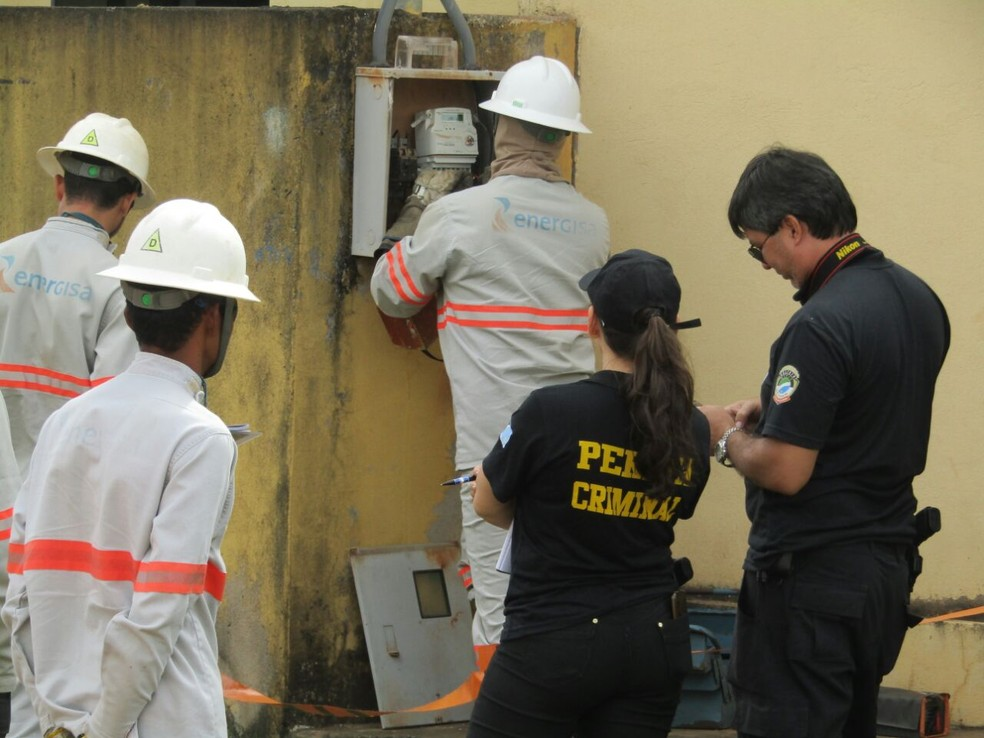 Operação que contou com apoio da Polícia Civil e IPC aconteceu em Piancó e teve oito pessoas presas (Foto: Polícia Civil/Divulgação)