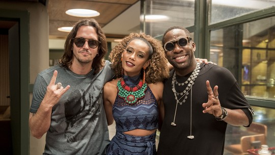Taís Araújo e Lázaro Ramos agitam o estúdio de 'Rock Story'; veja o que rolou nos bastidores