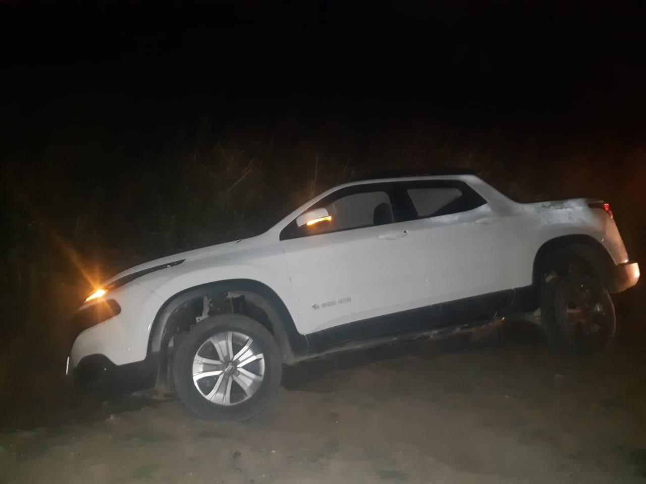 Acidente deixa feridos na BR-262 em Nova Serrana; motorista tinha sintomas em embriaguez e foi detido - Notícias - Plantão Diário