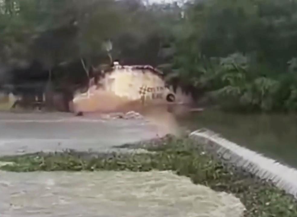 Pescador Desapareceu nas águas do Rio Mossoró (Foto: Reprodução/Vídeo)