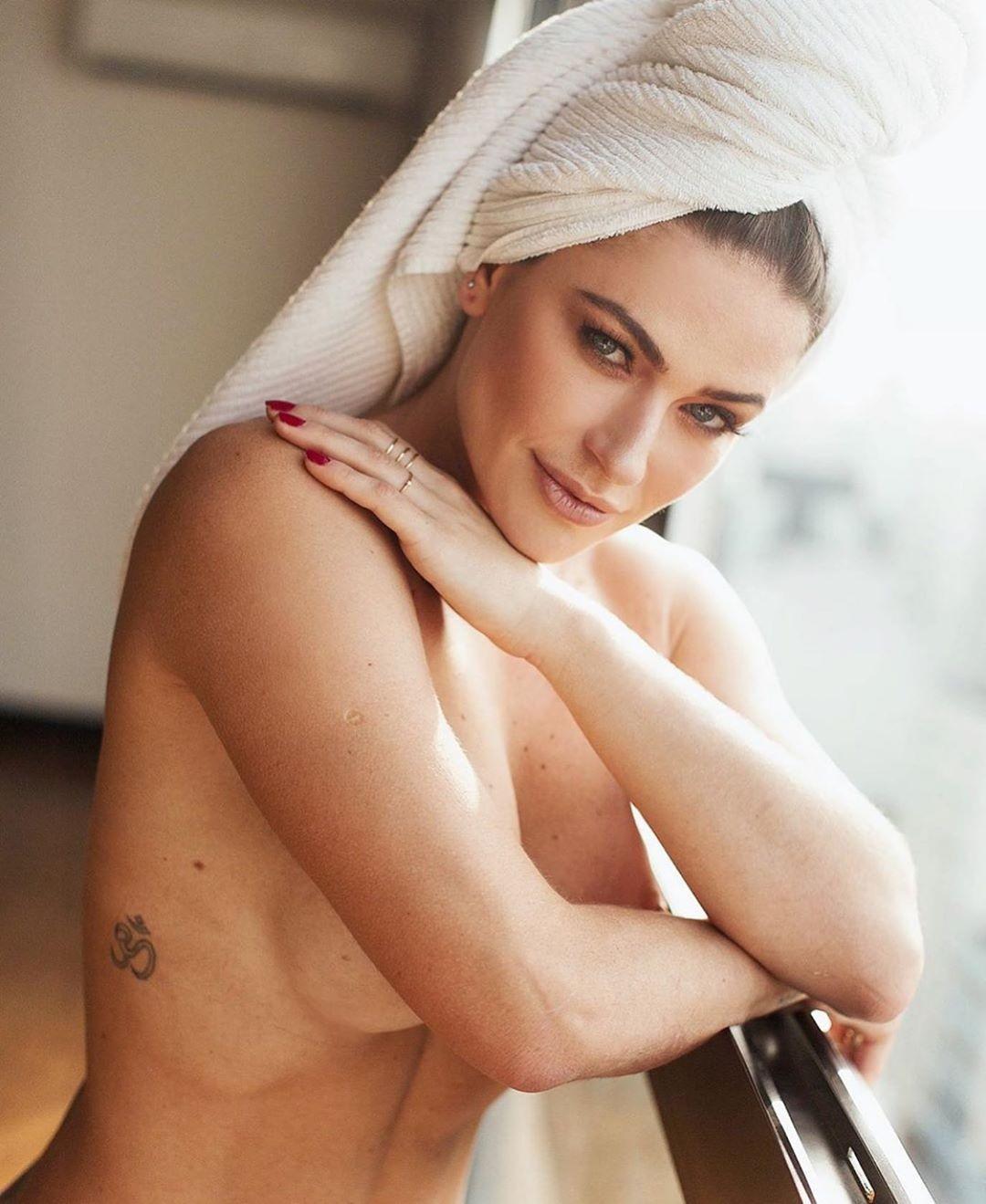 Renata Longaray (Foto: Reprodução/Instagram)