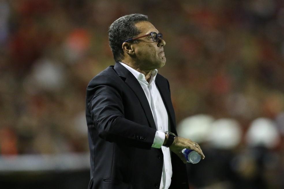 Vanderlei Luxemburgo vinha de um péssimo segundo turno na Série A (Foto: Aldo Carneiro / Pernambuco Press)