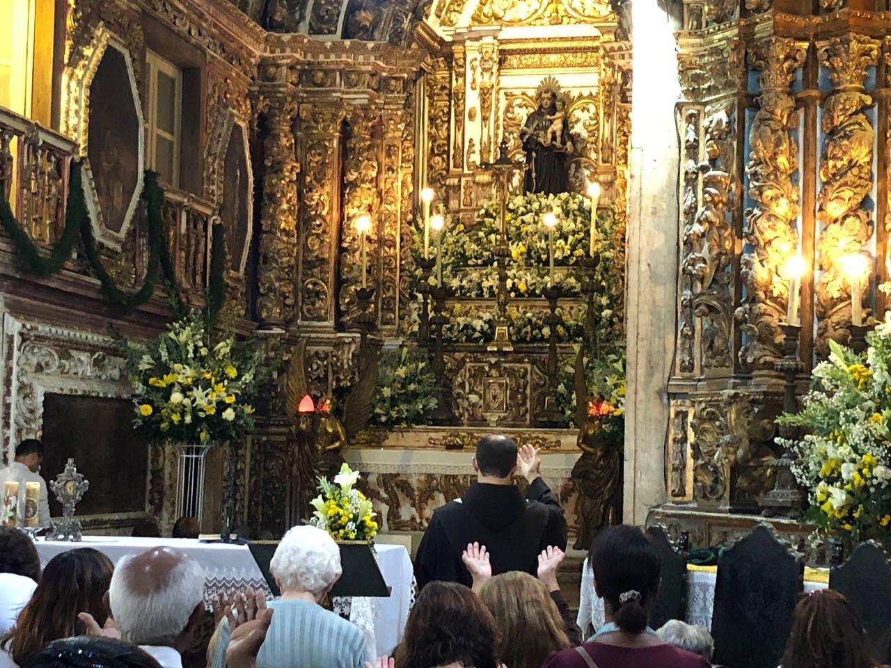 Globo Comunidade: Convento de Santo Antônio serve mais de 350 refeições por dia na pandemia