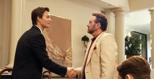 Ansel Elgort e Kevin Spacey no trailer de Billionaire Boys Club (2018) (Foto: Divulgação / Trailer)