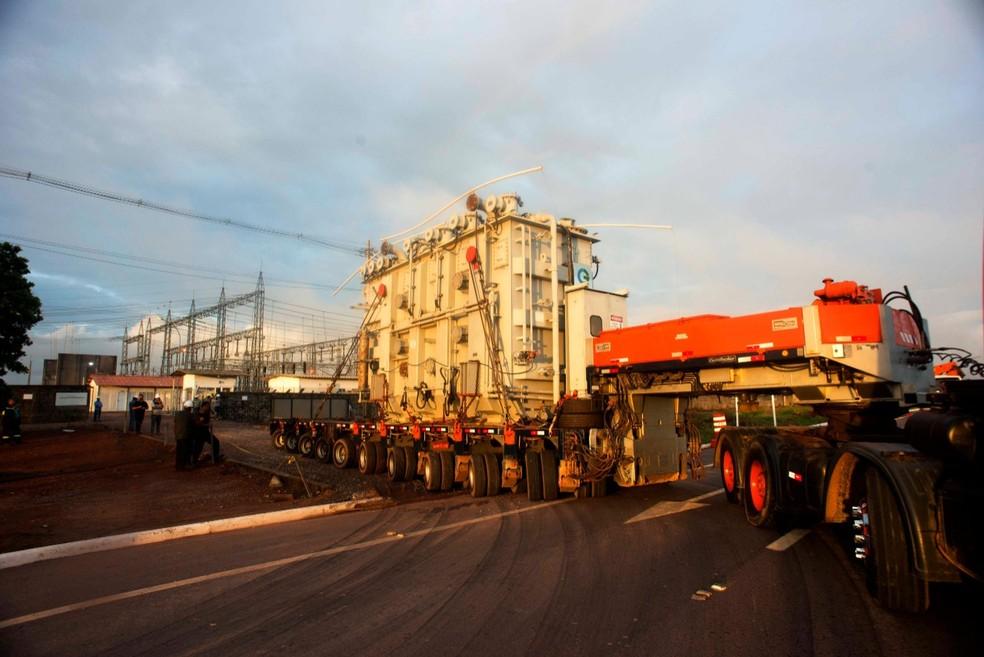 Transformador de Laranjal do Jari chegou na madrugada desta quarta-feira (18) em Macapá; equipamento ainda será avaliado — Foto: Emiliano Capozoli/LMTE/Divulgação