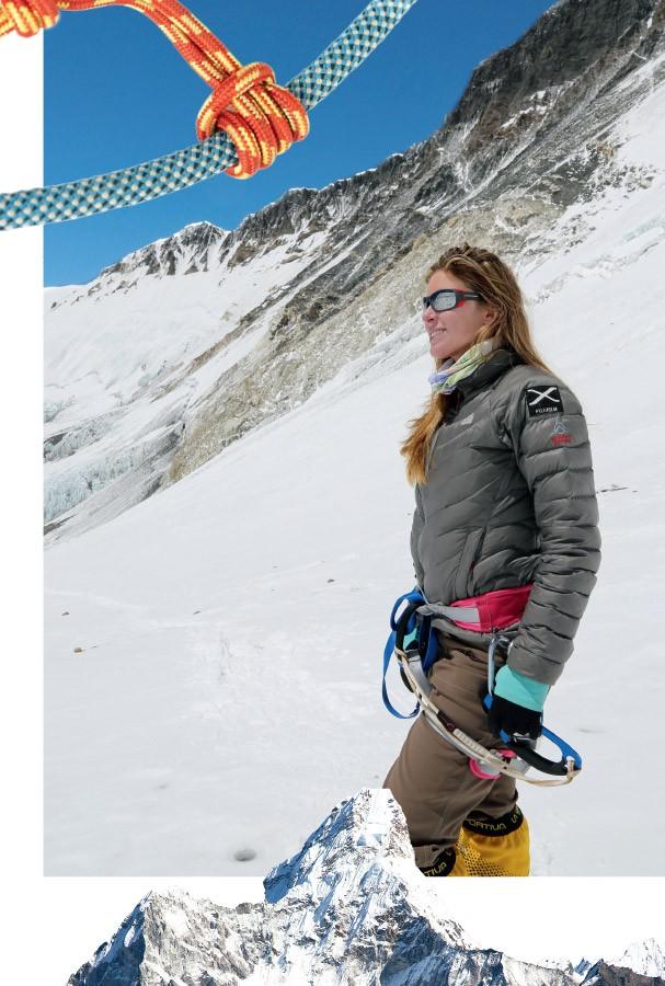 Karina subiu o Everest pela face sul (em 2013) e pela face norte (em 2017) (Foto: Arquivo Pessoal e Jordi Saragossa)