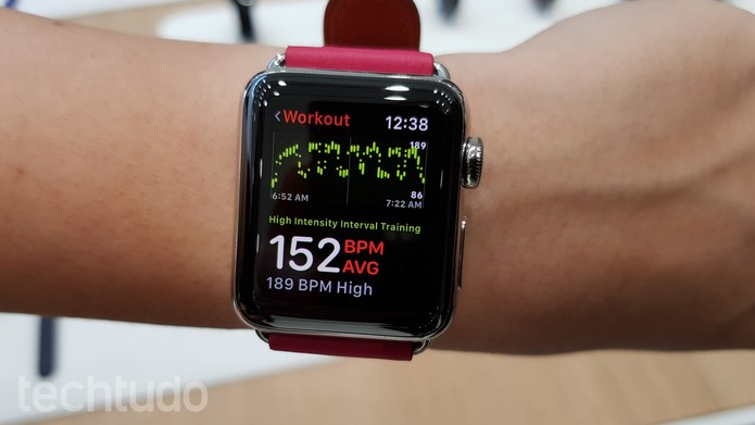 e2b70ed0134 Galaxy Watch vs Apple Watch 3  conheça relógios inteligentes ...