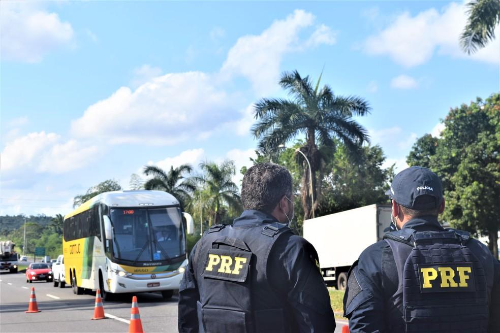 PRF registra 51 acidentes e 9 mortes em rodovias federais na Bahia no feriadão de Nossa Senhora Aparecida — Foto: Divulgação/PRF