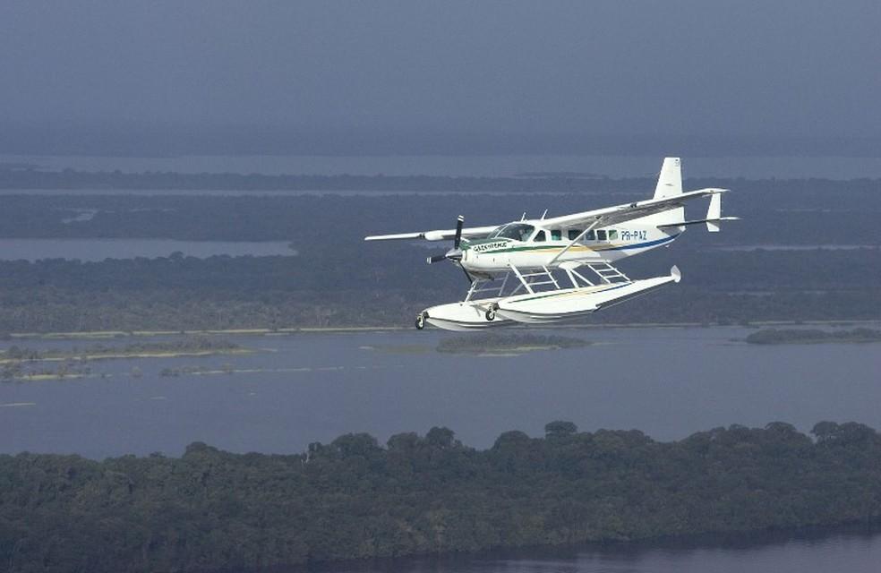 Avião que caiu nesta terça-feira (17) é do Cessna Caravan 208, anfíbio (Foto: Erica Harrison/Greenpeace)