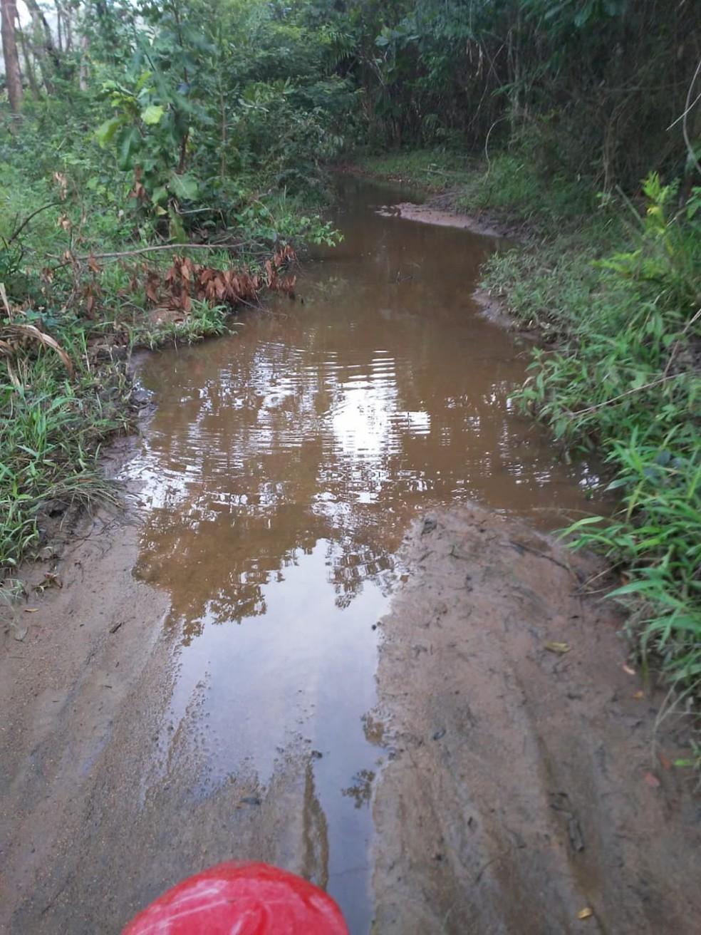 Estrada inundada — Foto: Arquivo pessoal/Telmo Ribeiro