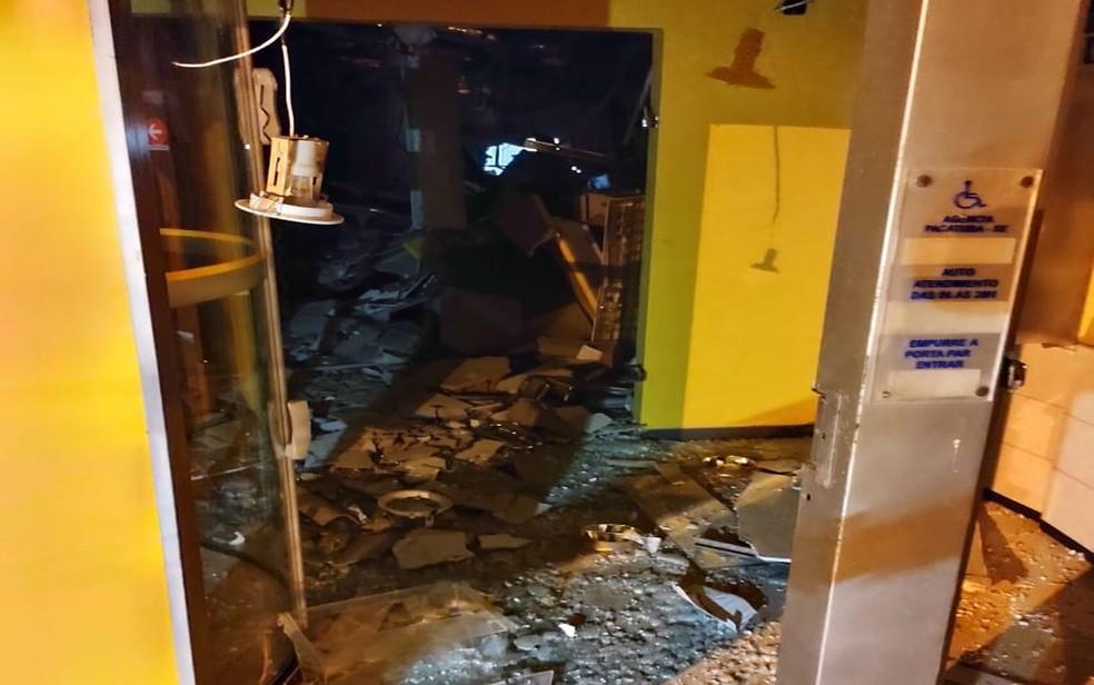 Agência bancária é explodida no município de Pacatuba (SE) — Foto: Divulgação/Polícia Militar