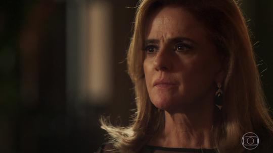 Sophia revela que não é mãe de Lívia e cena 'quebra' a web