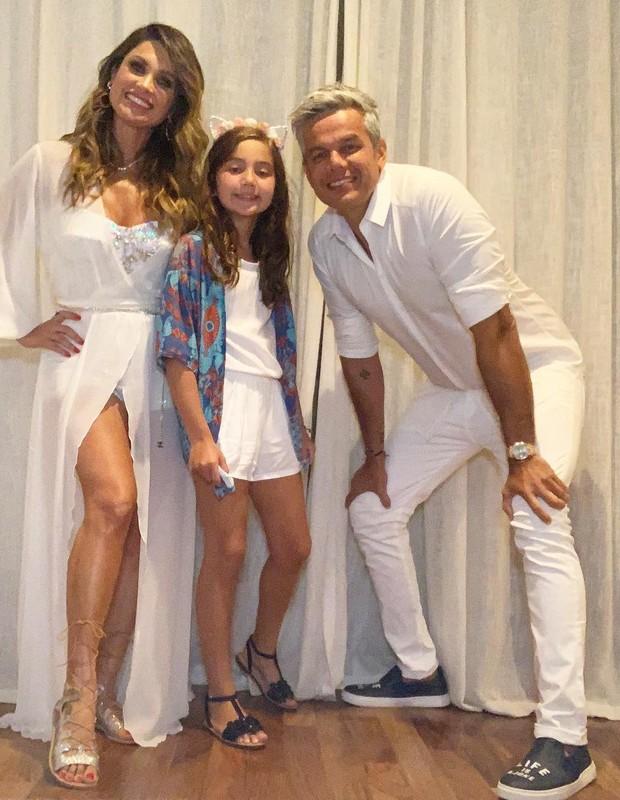 Flávia Alessandra, Olivia e Otaviano Costa (Foto: Reprodução)