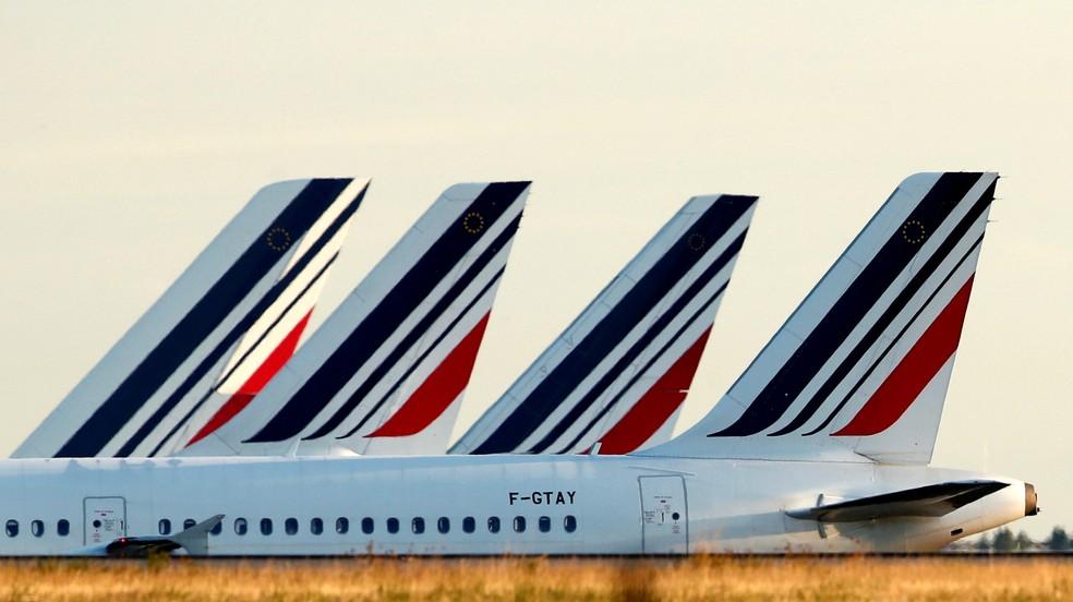 Aviões da Air France no Aeroporto Charles-de-Gaulle em Roissy, perto de Paris, na França, em foto de 26 de agosto de 2018. — Foto: Christian Hartmann/Reuters