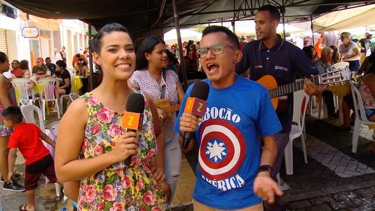 Feirinha da Eduardo Ribeiro, Vivian Amorim e Tirulipa agitam 'Zapp' deste sábado (12)