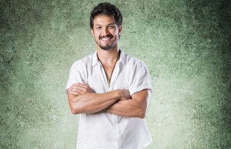 No sábado (10), Marcos (Romulo Estrela) e Paloma se reencontrarão  TV Globo