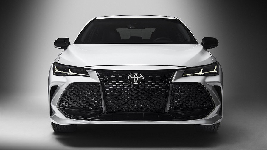 Toyota Avalon é o maior sedã da marca - vendido nos Estados Unidos (Foto: Divulgação)