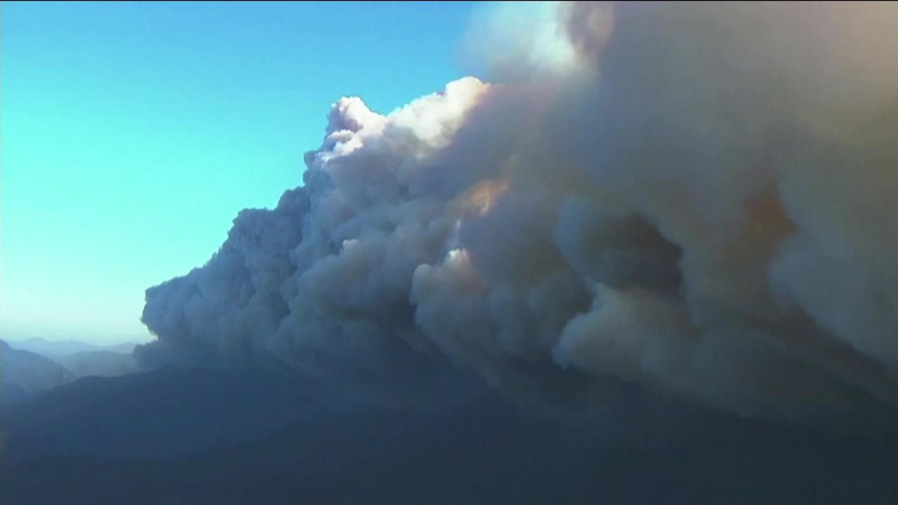 Fumaça de incêndios florestais nos EUA chega até a Europa