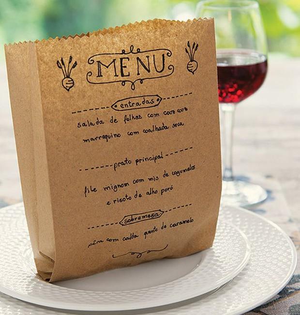 Um menu inteligente É importante elaborar um cardápio que satisfaça todos os convidados. Então, deixe aquele prato mirabolante ou de sabor exótico para um encontro mais íntimo. Para um almoço ou jantar, uma entradinha, duas opções de pratos principais e u (Foto: Cacá Bratke/ Editora Globo)