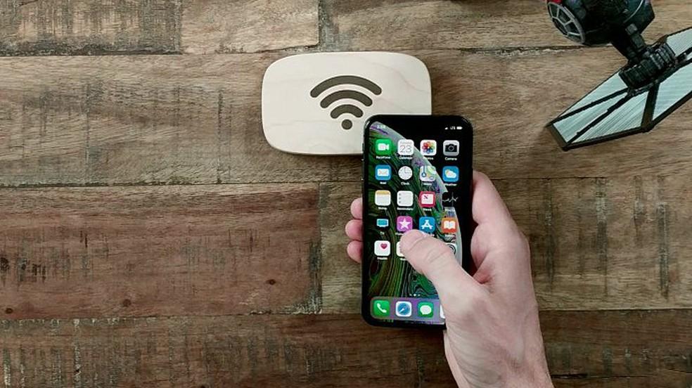 Mais da metade dos brasileiros deixa Wi-Fi sem segurança, diz pesquisa