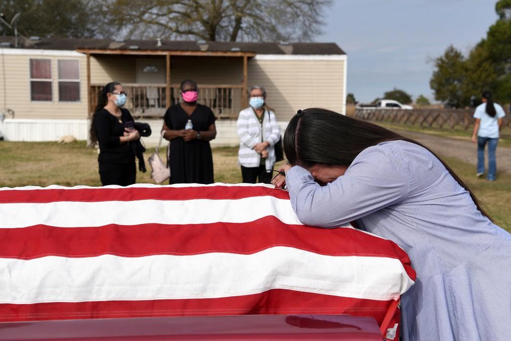 Funeral de vítima da Covid no Texas, nos EUA — Foto: Reuters/Callaghan O'Hare