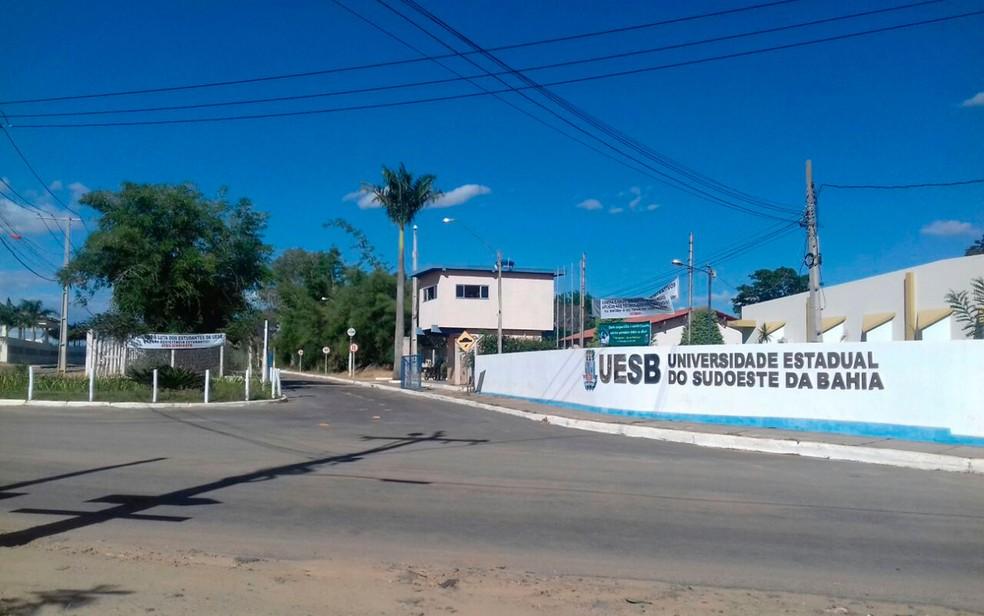 Campus da UESB em Vitória da Conquista, região sudoeste da Bahia — Foto: Carol Pimenta/TV Sudoeste
