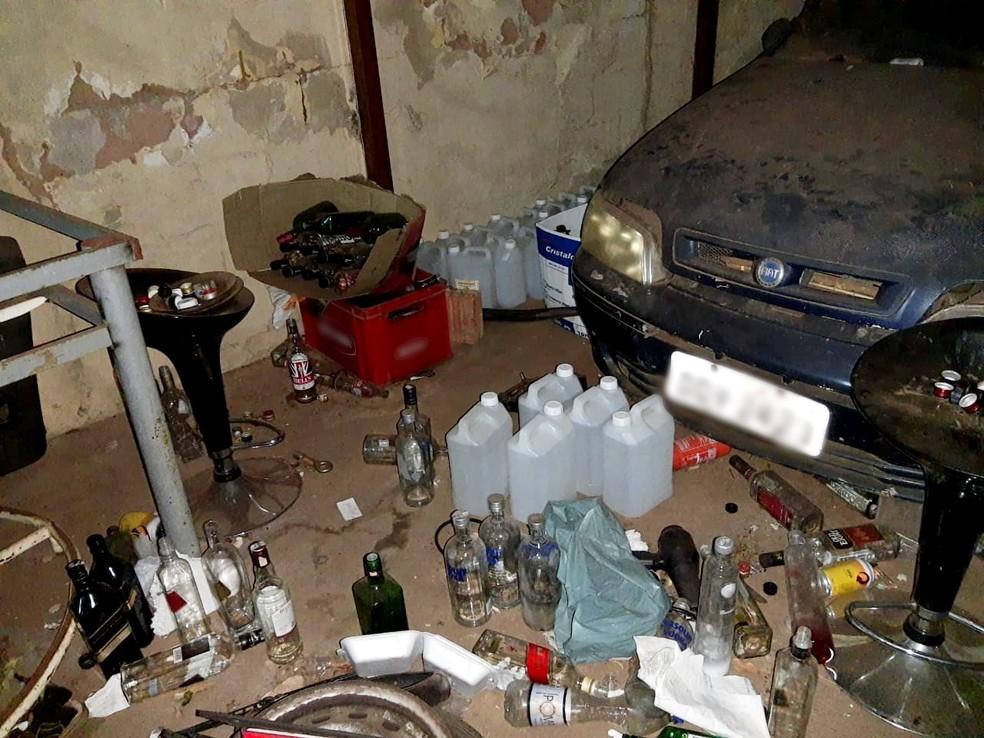 Operação encontrou local sem condições mínimas de higiene — Foto: Polícia Militar/Divulgação