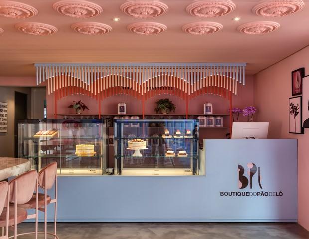Boutique de bolos em Santa Catarina surpreende com décor cor de rosa