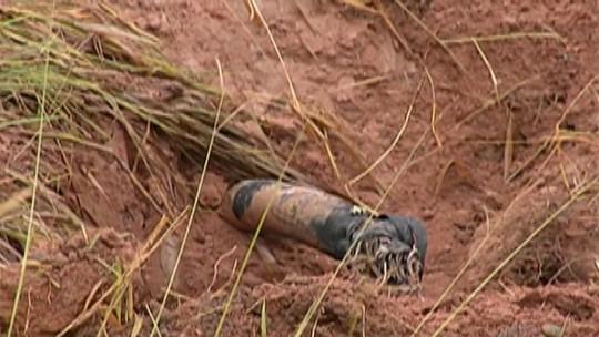 Após tentativa de furto em duto da Transpetro, combustível vaza e atinge rio perto da Dutra