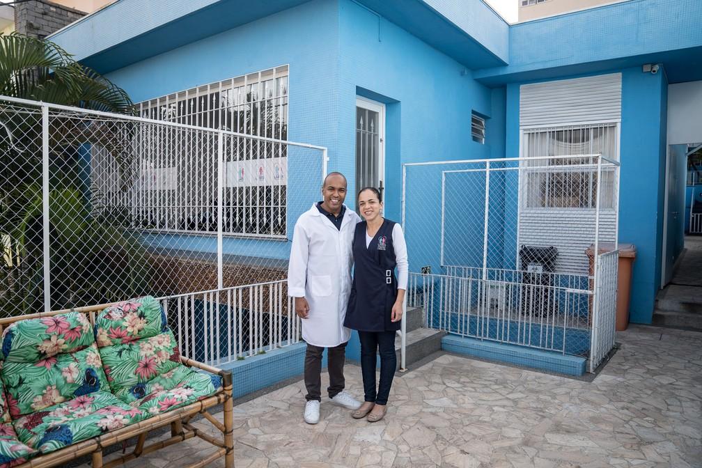 Para Guilherme e Susiene, os primeiros meses à frente de seu negócio próprio trouxeram várias dificuldades, mas a situação já dá sinais de mais tranquilidade. — Foto: Fábio Tito/G1