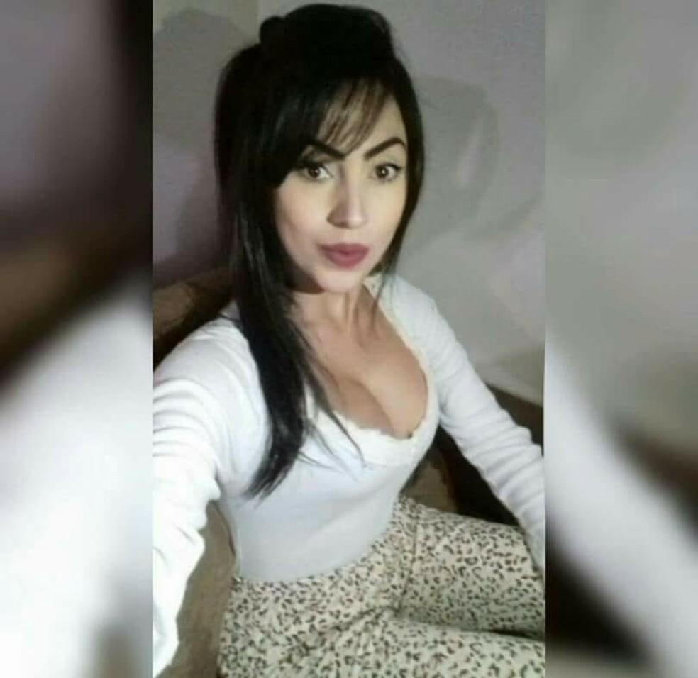 Renata tinha 22 anos e estava desaparecida desde o dia 27 de maio  (Foto: Arquivo pessoal )