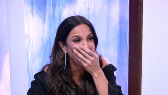 Ivete Sangalo vai às lágrimas no 'Visitando o Passado': 'Um dos presentes mais lindos que ganhei na vida'