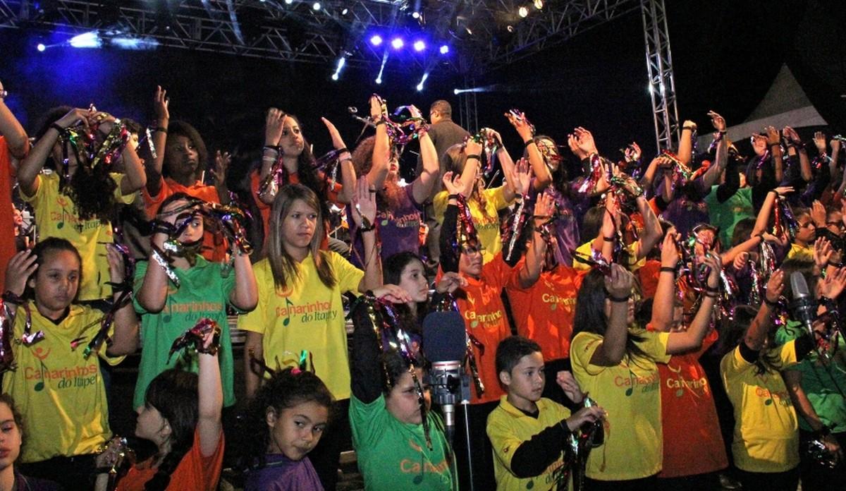 Espetáculo celebra 15 anos do coral Canarinhos do Itapety, neste sábado, em Mogi das Cruzes