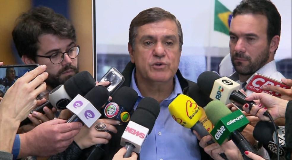Diumar Bueno, presidente da CNTA, defendeu o fim da greve (Foto: Reprodução/RPC)
