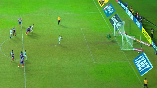 Atuações do Santos: Carlos Sánchez coroa boa atuação com gol no fim; Uribe participa pouco