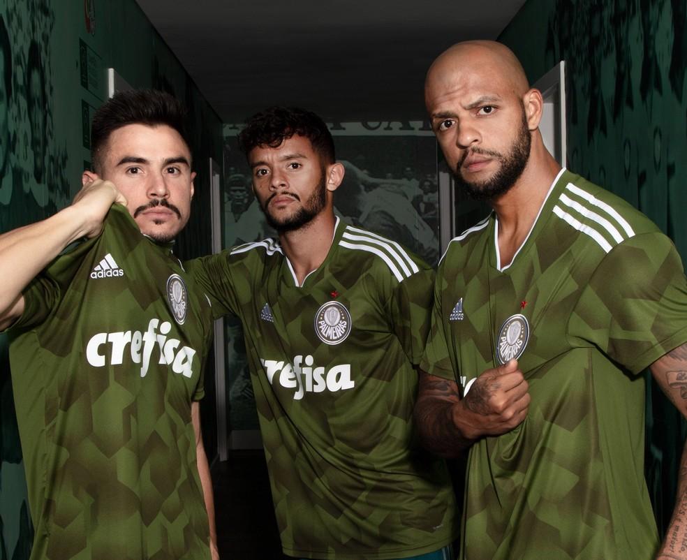 Camisa do Corinthians é eleita a 2ª mais bonita do mundo por site ... 43d7db535c636