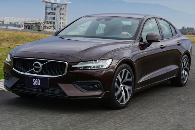 Volvo S60 T4 não entrega que é o modelo mais barato por fora (Foto: Divulgação)
