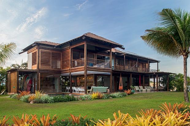 Lifestyle decor - Fachada da casa, desenhada pelo arquiteto Sidney Quintela   (Foto: Victor Affaro)